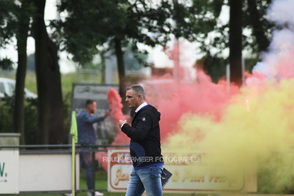 Samenwerking VV Rozenburg en hoofdtrainer verlengd